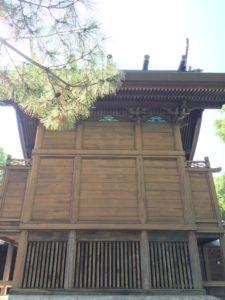 一葉稲荷神社の兎